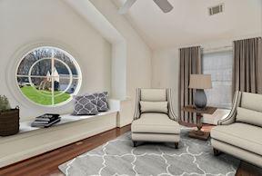 Master Suite Sitting Room & Motif Window Seat