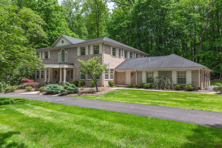 11 MERRY HILL CT