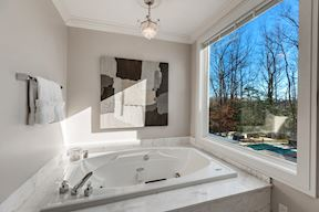 Luxury Waterside Master Bath #2 w/Water Views from Jetted Tub
