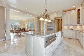Open Plan Kitchen & Dining w/ Attached Walk-in Butler's /Caterer's Service Pantry