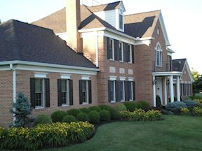 Professional Landscaping & Front Lawn