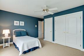 En-Suite Bedroom w/Private Bath