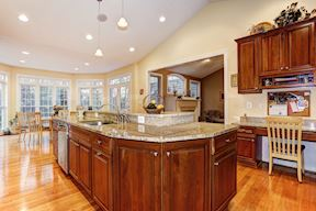 Gourmet Kitchen w/ Granite Counters