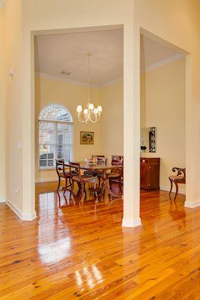 Open Plan Foyer w/Gleaming Knotty Pine Hardwood Floors
