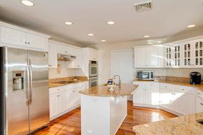 Kitchen Island w/Granite & Prep Sink