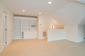 Built-ins & Entry Stair for Private Au-Pair Suite/en-Suite