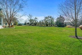 Waterside Lawn