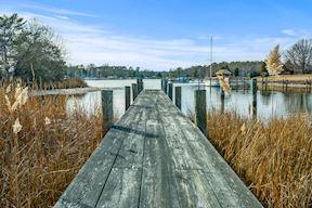 Private Pier & Boat Slip w/ Water & Electric Service