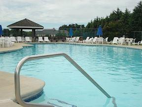 Pool at Harbourtowne Resort w/ Membership Available