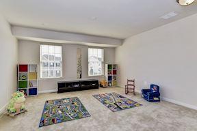 Fifth Bedroom/ Loft