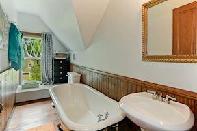 Upper Level Full Bath w/ Clawfoot Tub