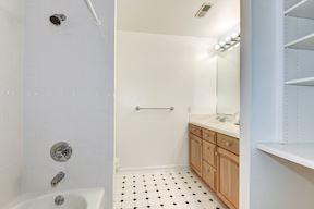 Full Dual Entry Bath with Dual Vanity