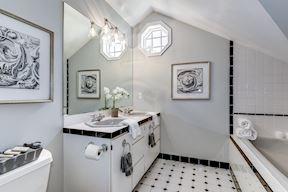 Full Bath with Dual Sinks