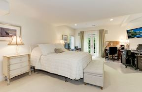 In Law Suite Master Suite & Walk-out to Private Patio