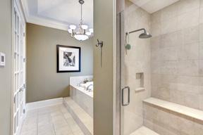 Separate Garden Tub & Shower